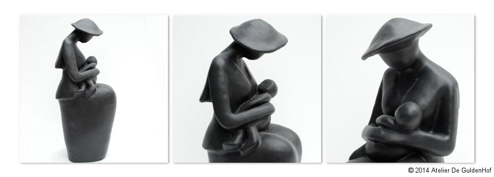 Zittende Vrouw met Kind